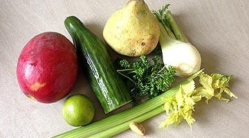 Jus vert extra à la mangue