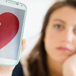 Savoir détecter les faux profils sur les sites de rencontre
